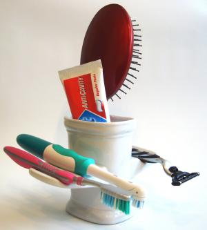 Toothbrush Holder - Drip & Dry RedsidueFREE Toothbrush Organizer