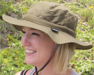 Safari Cooling Hat - Soft crown hat with a oversized brim